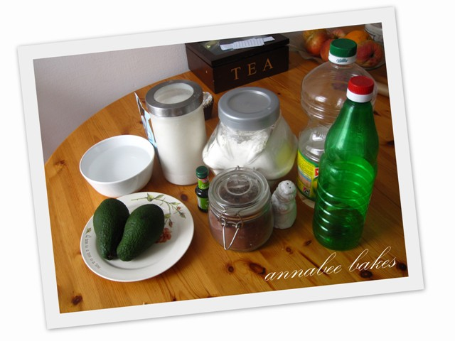 avocado cake ingredients